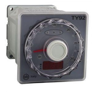 ELETTROMECCANICA CDC: Timer retroilluminati su barra di led TY91 e TY92